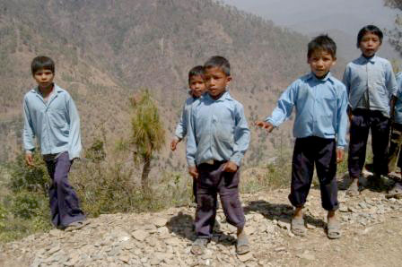 Young children in the hills (Credit: DFID Nepal)