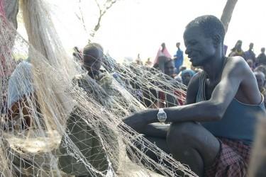 Net-making cash-for-work in Turkana, Kenya
