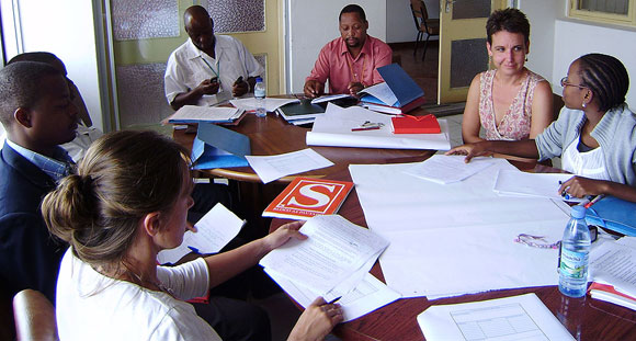 Working group on data collection, with Etelvina, Mindy and Dr Mouzinho