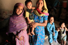 A mother and her children in Pakistan. Picture: Vicki Francis/DFID