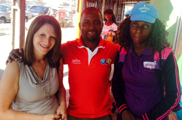 Lynne Featherstone meets star seller of health products. Picture: Julia Smith/DFID