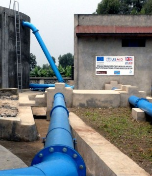 Reservoir and pipework in Goma. Picture: Chris Pycroft/DFID.