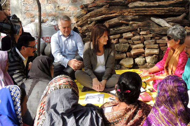 Lynne Featherstone meets the Dalit community. Picture: Anshuman Atroley/DFID India