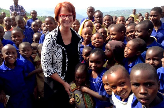 Julia Gillard meets children at the GS Rwamiko School in Rwanda