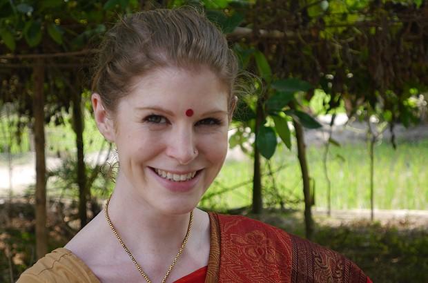 International Citizen Service volunteer Vix in her sari