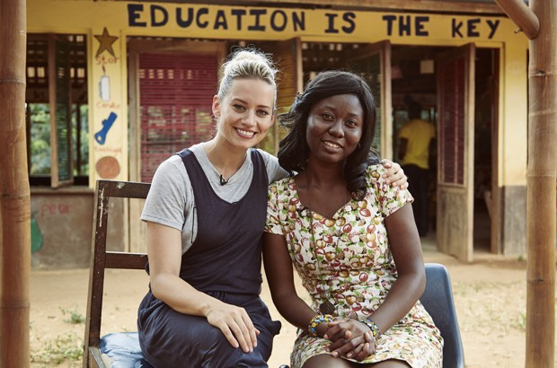 Kimberly Wyatt meets Dora, a teacher at Dwabor school.